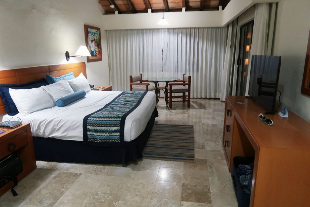 Studio room overview at Plaza Pelicanos Grand Beach Resort. Shell Vacations Club at Plaza Pelicanos Grand Beach Resort. King bed in studio room at Plaza Pelicanos Puerto Vallarta.