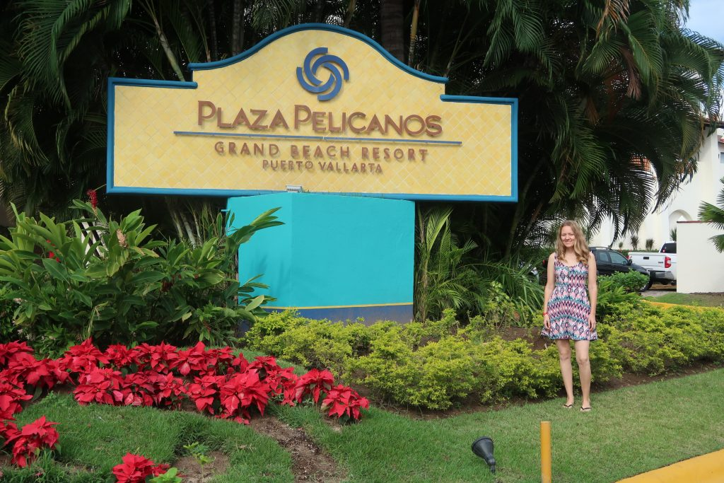 Welcome to Plaza Pelicanos Grand Beach Resort. Spring break trip to Plaza Pelicanos Puerto Vallarta. Enjoying a warm spring day at Plaza Pelicanos Timeshare.